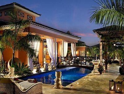 Royal Garden Villas Hotel