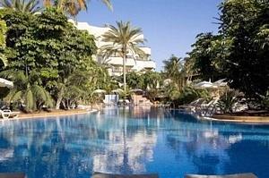 Barcelo Corralejo Bay  Hotel